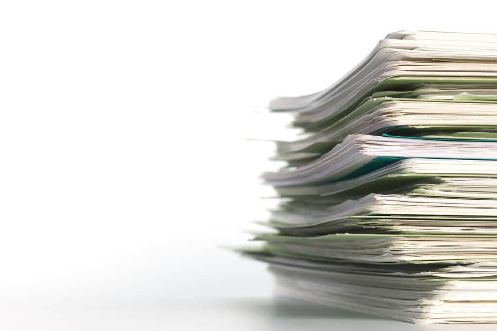 Belegstapel für das Kassenbuch vor der Digitalisierung ins Belegarchiv